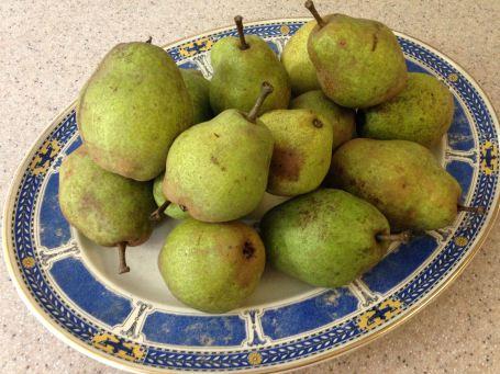 pears-on-platter
